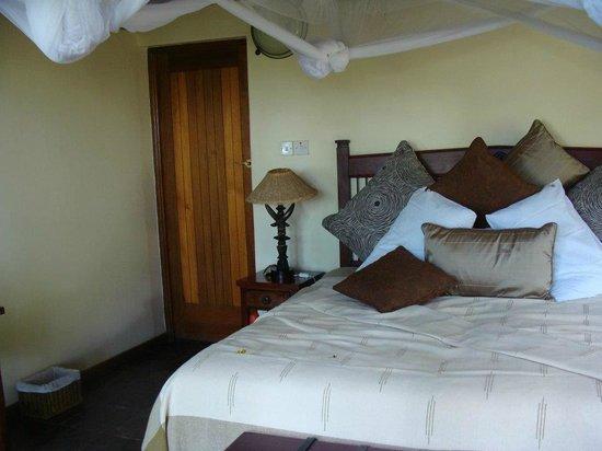 Muchenje Safari Lodge: Our cabin