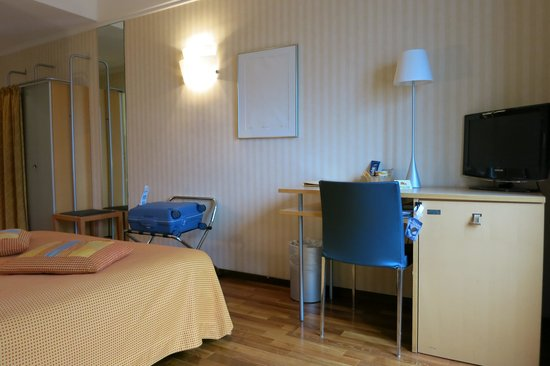 Hotel Alpes et Lac: Hôtel Alpes et Lac: Lake-View Room