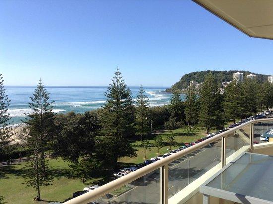 Wyuna Beachfront Holiday Apartments : July sunshine at Burleigh