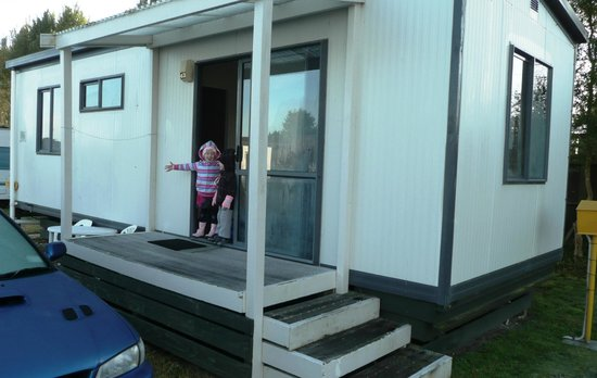 Holdens Bay Holiday Park : One bedroom motel room