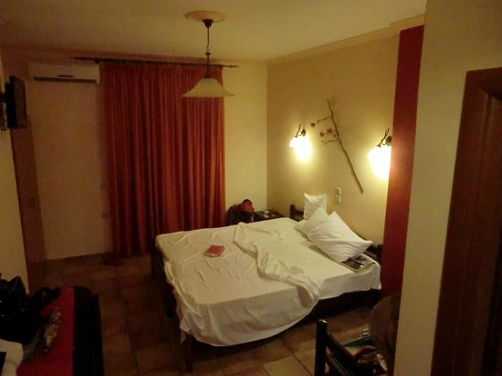 Corfu Sun Apartments: Kamer