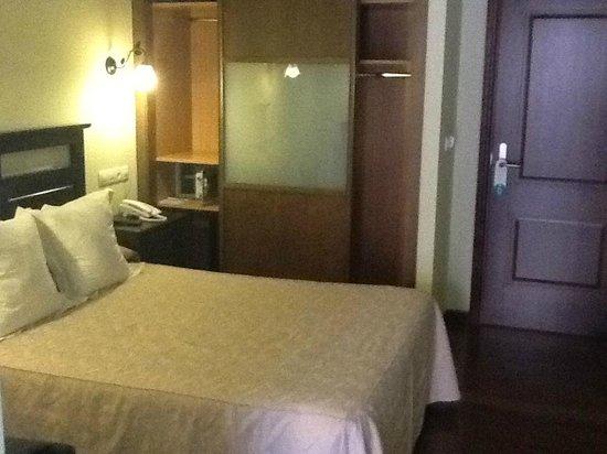 Hotel Casona de Lazurtegui: habitacion