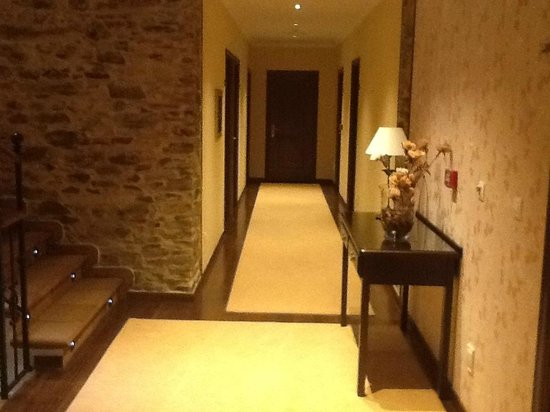 Hotel Casona de Lazurtegui: pasillo