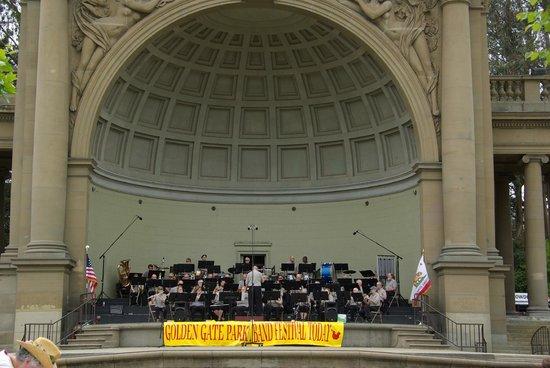 พื้นที่สันทนาการแห่งชาติโกลเดนเกท: muziekpaviljoen in Golden Gate Park