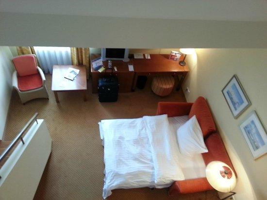 Hotel Birke: Maisonettezimmer, Blick von oberer Galerie