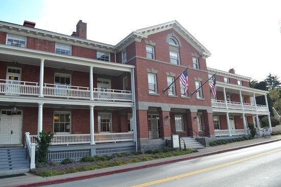 Inn at the Presidio : The hotel