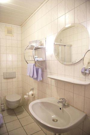 Landhaus Friedrichsfehn: Badezimmer