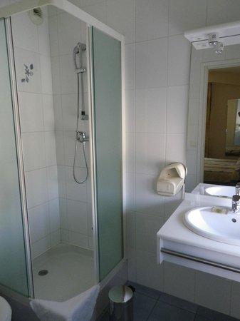 Le Charles VIII : salle de bain