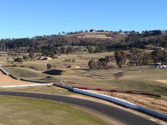 Rydges Mount Panorama Bathurst: great view!
