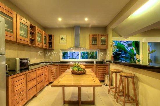 Kitchen 1 Picture Of Villa Bunga Kecil Seminyak Tripadvisor