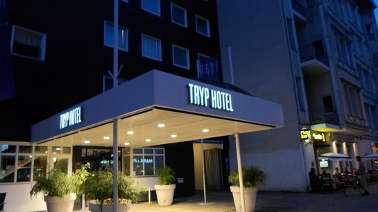 Tryp by Wyndham Berlin AM KU Damm: Tryp Hotel