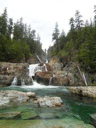Strathcona Provincial Park: Lower Myra Falls