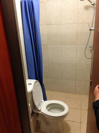 Gresham Hotel : i bagni in comune