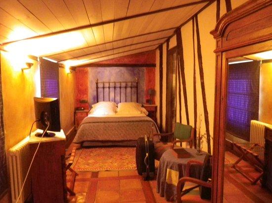 La Casa del Abad Hotel Spa: la habitación, muy acogedora