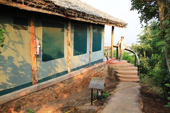 Kirurumu Manyara Lodge: Zelt mit Ausblick