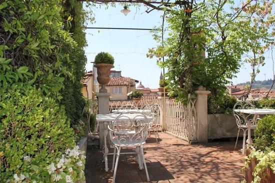 Hotel Tornabuoni Beacci: Terrace