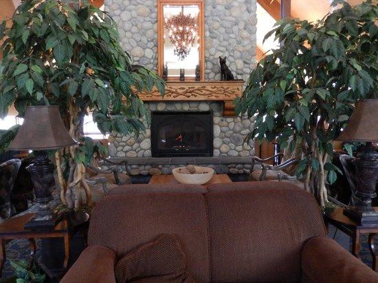 Denali Princess Wilderness Lodge: Main Lodge Fireplace