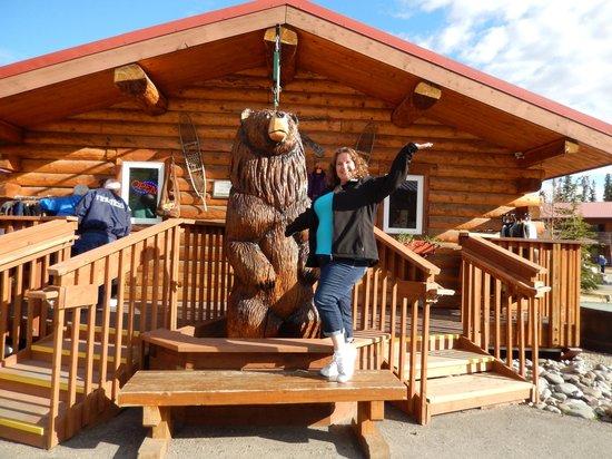 Denali Princess Wilderness Lodge: I found a friend