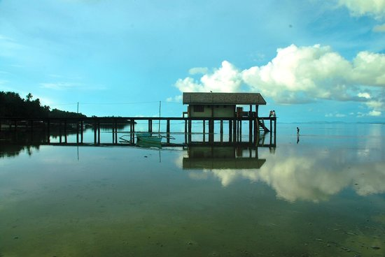 Tapik Beach Park Guest House : Marine Sunctuary Guardhouse within sight from Tapik
