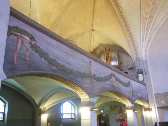 Tampereen Tuomiokirkko: Interno della Cattedrale