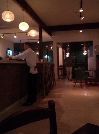 Casa Vieja Cafe & Lounge : Moderno y cálido: Casa Vieja Loungr