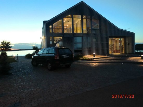 Gullmarsstrand Hotell & Konferens: Reception och restaurang