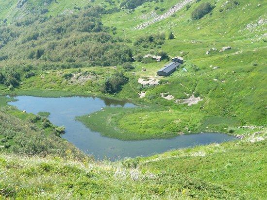 Val di Luce SPA Resort: il lago nero