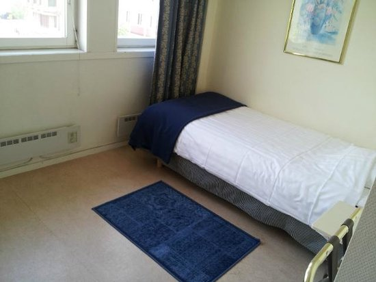 Hotel Alvsjo: Ensuite Bedroom