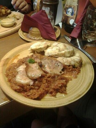 U vsech certu: roast pork with sauerkraut