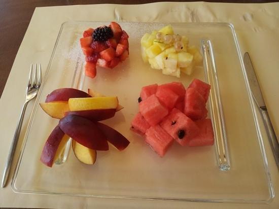 Bagno Italia Restaurant: ...e se chiedi un po' di frutta ecco cosa succede...
