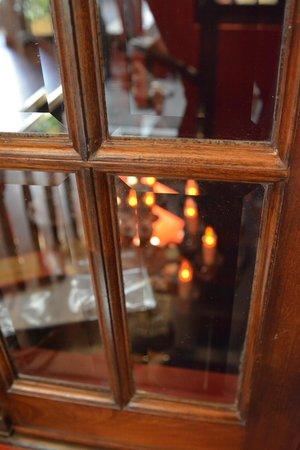 Miravida Soho Hotel & Wine Bar: Wine bar perspective III