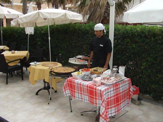 Hotel JS Miramar: Samstagabend auf der terrasse
