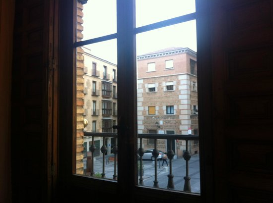 Hotel Alfonso VI: view from room 1