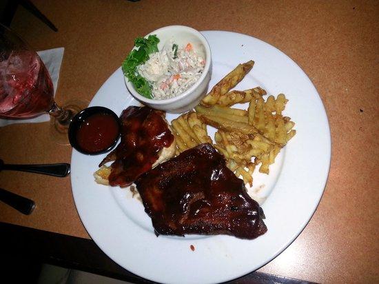 Speakeasy Bar: Ribs & Chicken