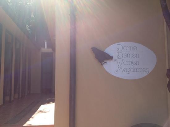 bagni donne - Picture of Camping Enfola, Portoferraio - TripAdvisor