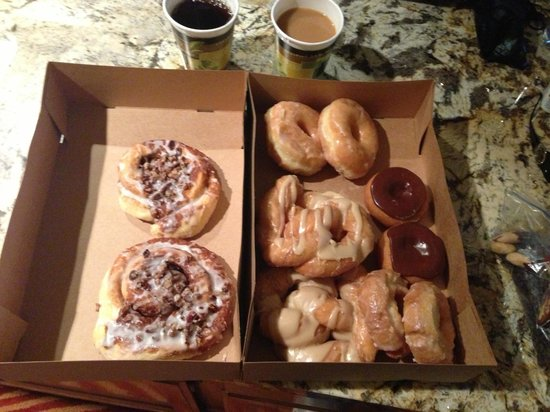 Donut Haus: Yummy!!