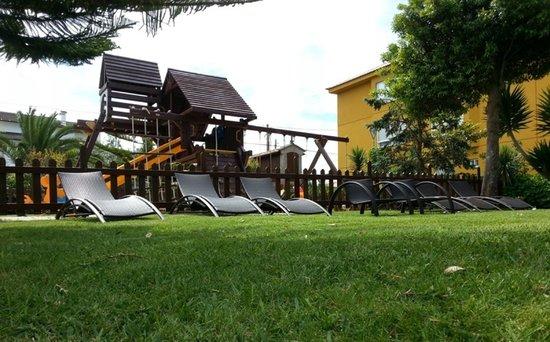 Hotel Delfin Azul: Jardin
