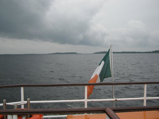 Villa Pio Bed & Breakfast and Luxury Apartment: on the boat in loch corrib