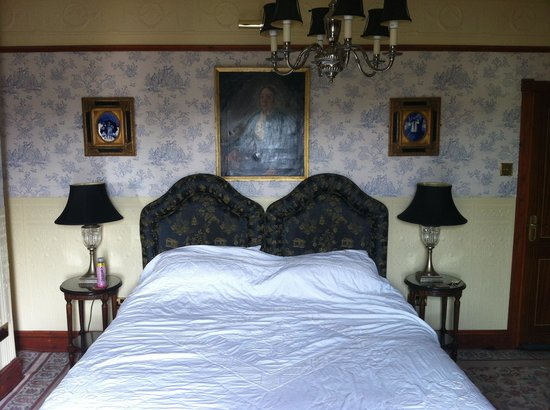 The Lonsdale Hotel: Georgian room