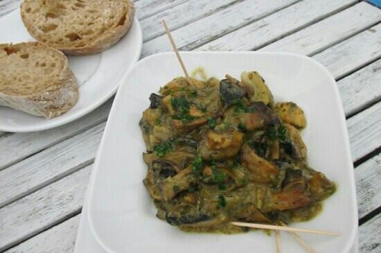 In Vino: Garlic mushrooms!