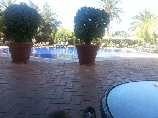 Dom Pedro Marina: Area da piscina muito agradável!