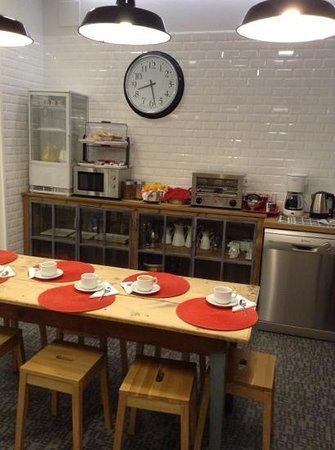 Lapepa Chic Bed & Breakfast : the breakfast area
