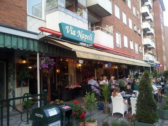 Via Napoli: Esterno del ristorante