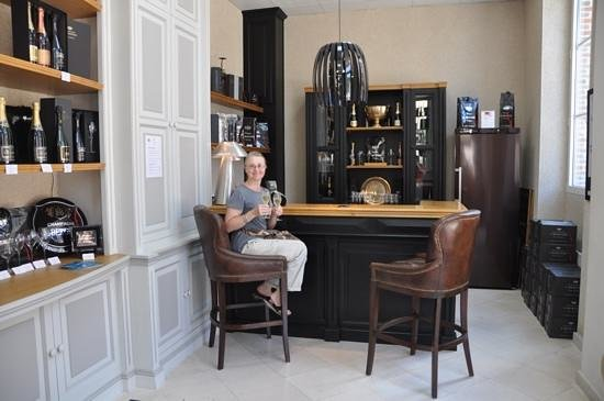 Champagne A.Bergere: tasting area
