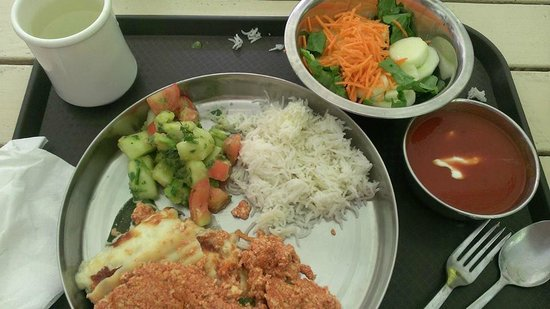 Sivananda Ashram Yoga Retreat: Delicious Vegetarian food