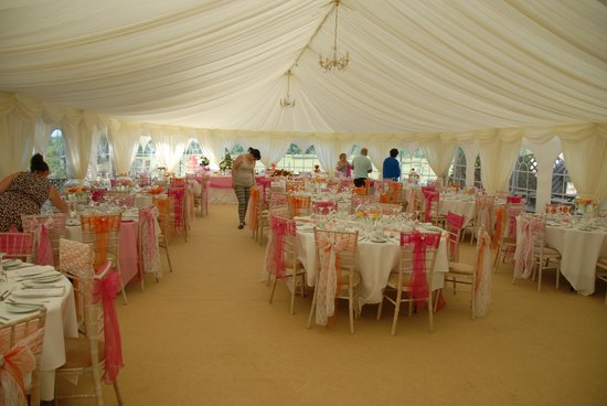 Westlakes Hotel & Restaurant: The marquee being prepared for the wedding.