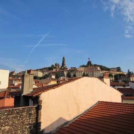 Ibis Styles Le Puy-en-Velay Centre : Vue de la suite