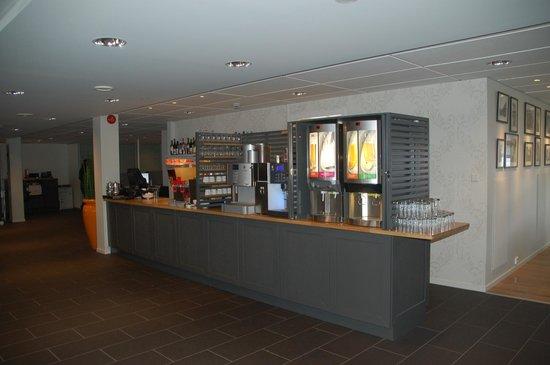 Scandic Bryggen : Angolo bevande self service