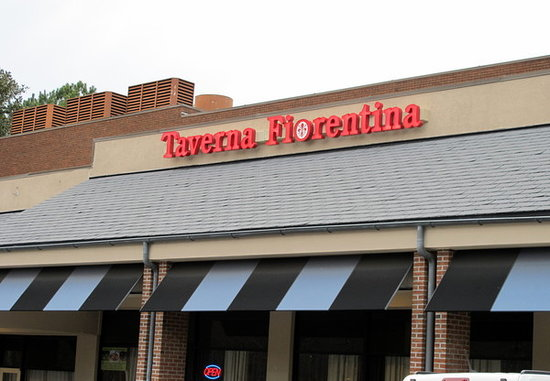 Taverna Fiorentina: Dont let the strip mall location fool you...