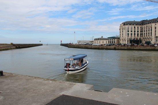 Le Bac de Trouville Deauville : le bac
